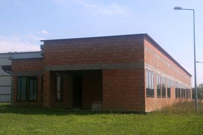 Sprzedaż budynku pod laboratorium